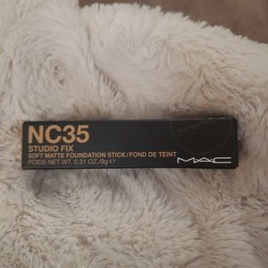 Mac studio fix stick foundation